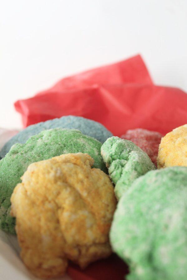 Cookies in tin
