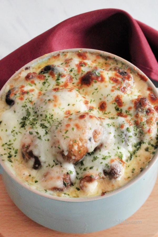 Extra Creamy Garlic Parmesan Mushrooms