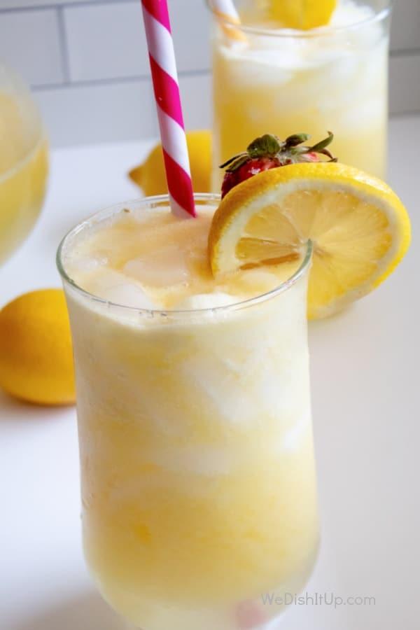 Easy Mango Lemonade