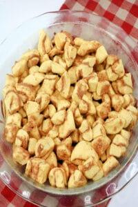 Cinnamon Rolls in Pie Dish